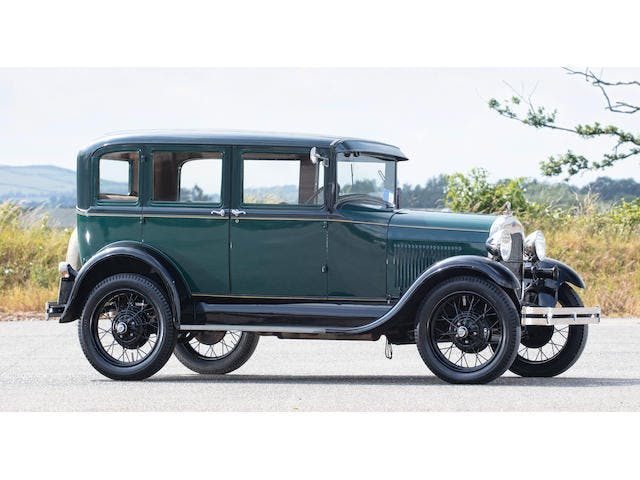 1929 Ford Model A Saloon