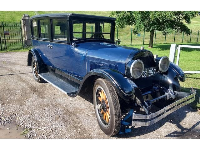1924 Cadillac V-63 Limousine