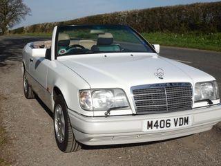1994 Mercedes-Benz W124 E320 Cabriolet