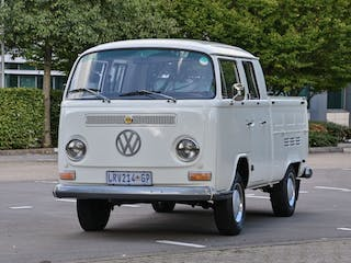 """1972 VW T2 Double Cab Pick-Up """"Low Light Crossover"""""""