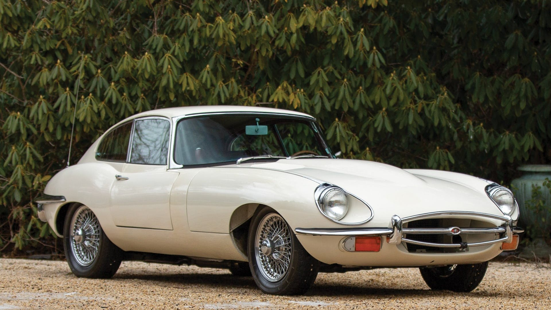 1969 Jaguar E-Type Series 2 4.2-Litre Fixed Head Coupe