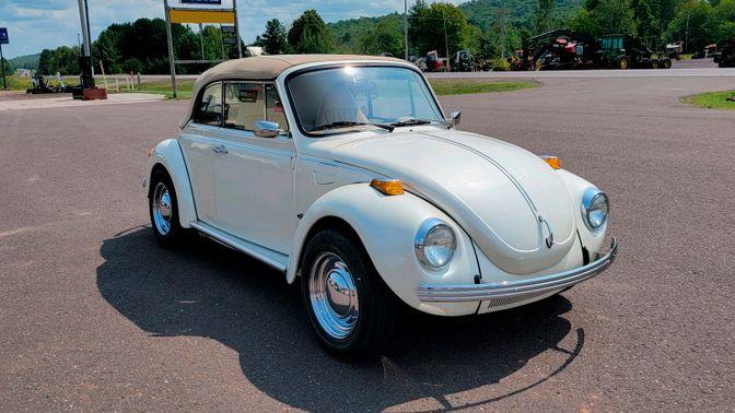 1973 Volkswagen Super Beetle Convertible