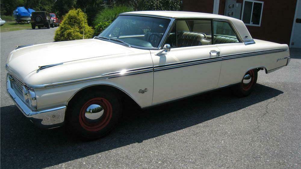 1962 Ford Galaxie 500 XL 2 Door Hardtop
