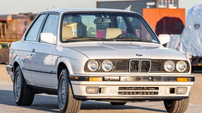 1990 BMW 325i Coupe