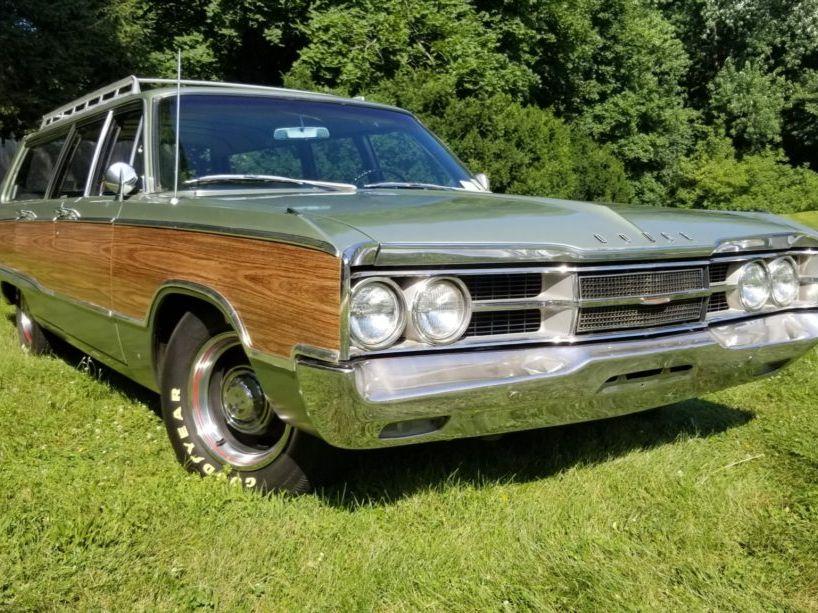 1967 Dodge Monaco Wagon