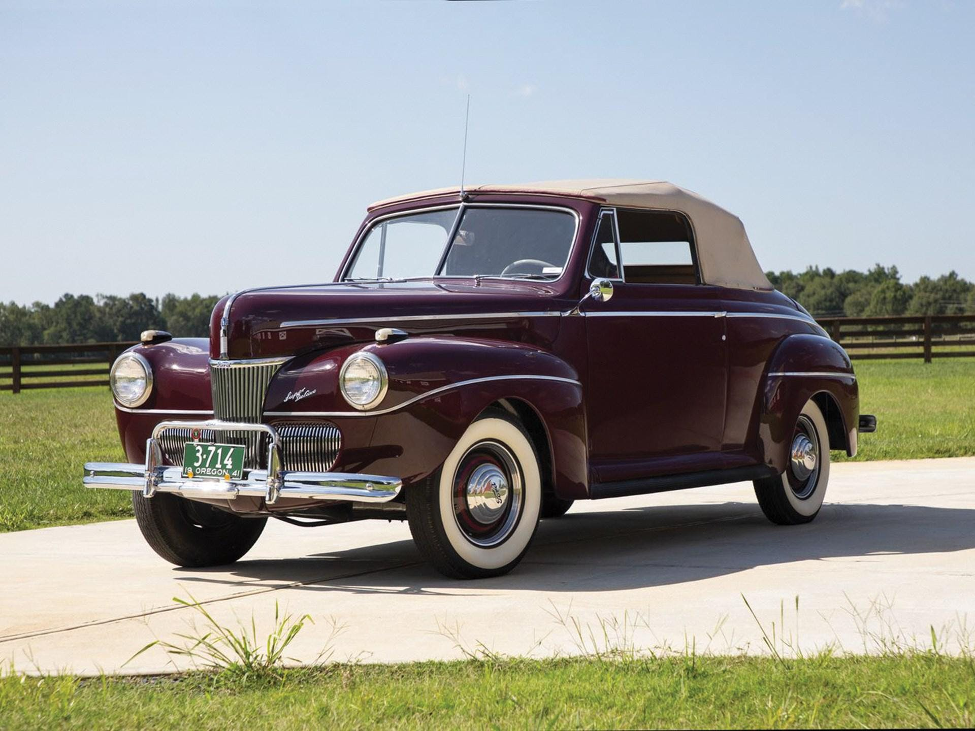 1941 Ford V 8 Super Deluxe Convertible Coupe Vin 18 6691035 Classic Com