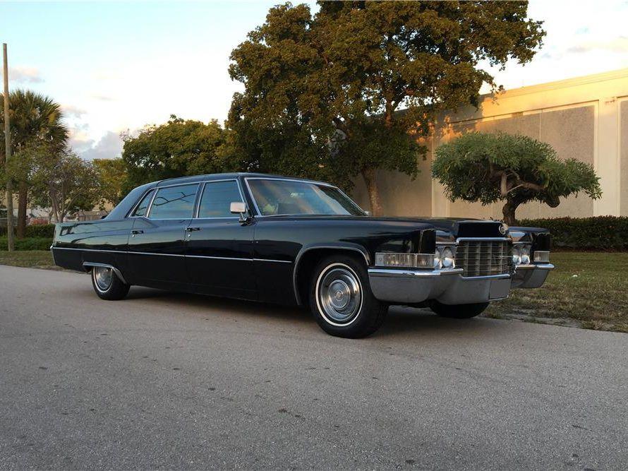 1969 Cadillac Fleetwood Series 75 Limousine