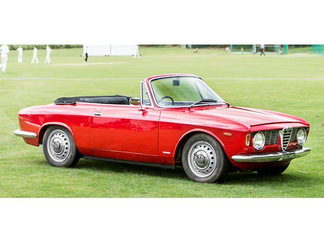 1966 Alfa Romeo Giulia GTC Cabriolet