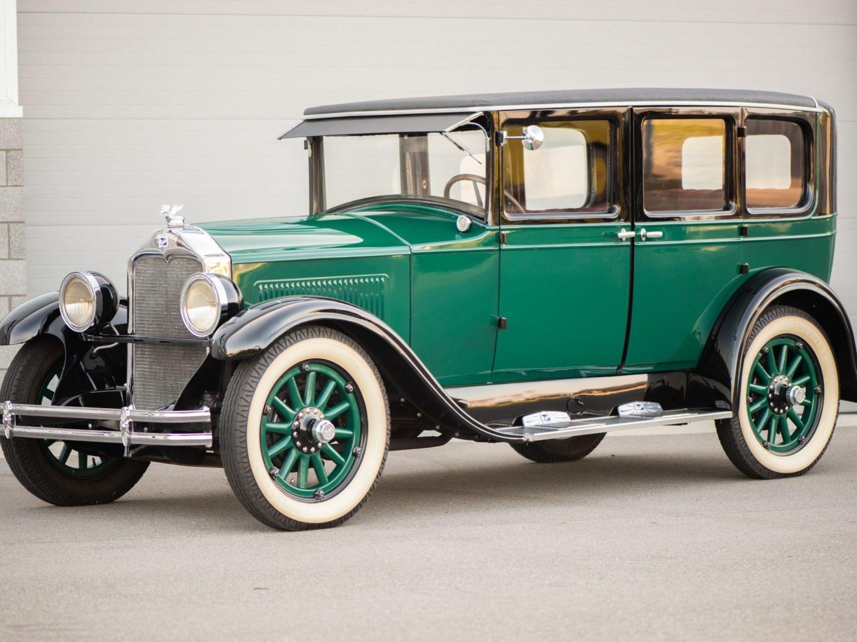 1928 Buick Standard Six Model 27 Sedan
