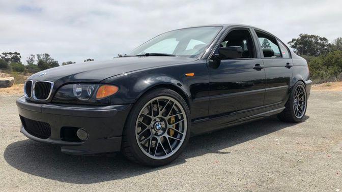 2003 BMW 330i 6-Speed