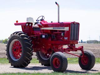 1969 International Harvester 856 Hi-Clear