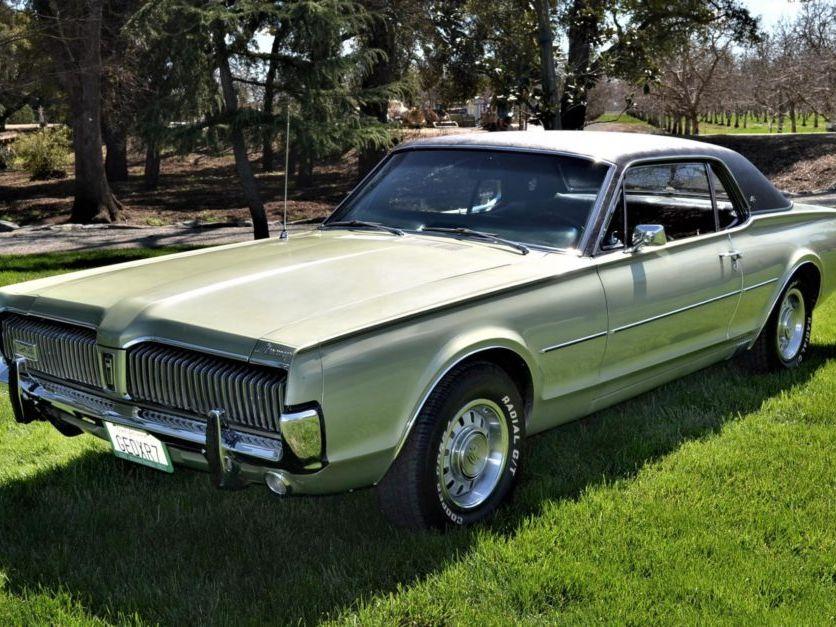 1967 Mercury Cougar XR-7