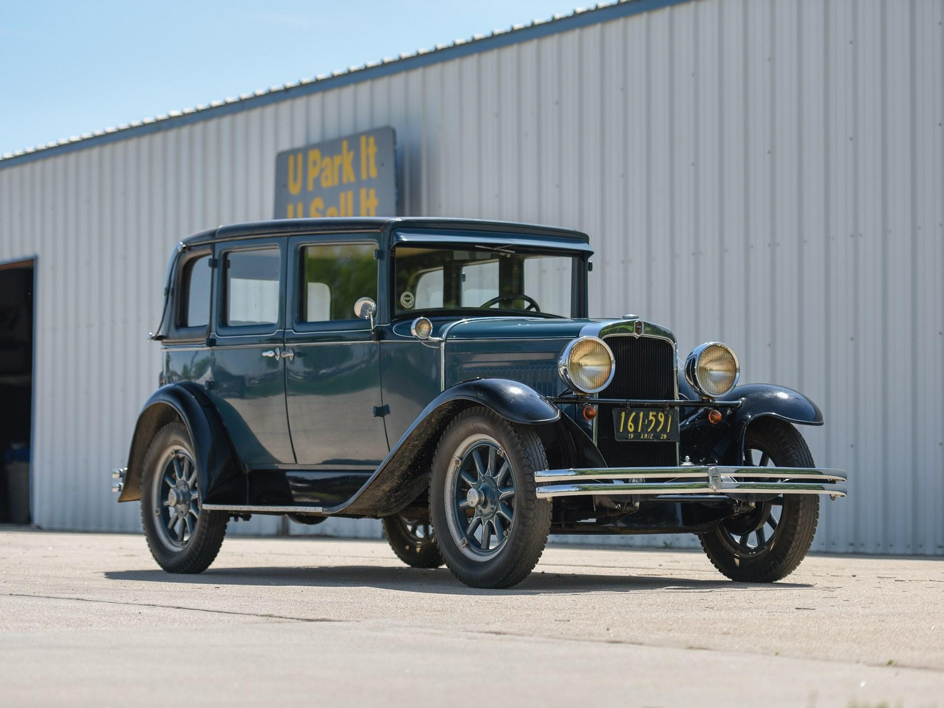 1929 Nash Series 420 Standard Six Landau Sedan
