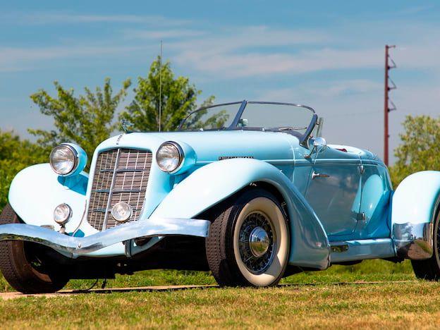 1936 Auburn Boattail Replica
