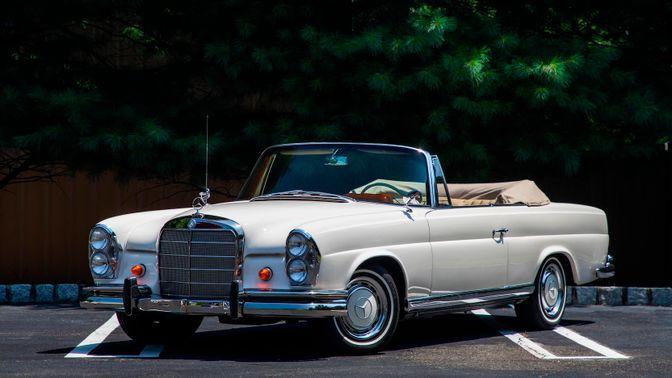 1963 Mercedes-Benz 220SE B Convertible