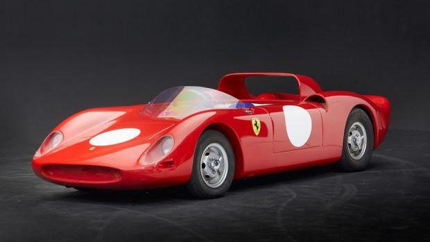 C. 1967 Automobile s.c.a.f. Ferrari 330 P2