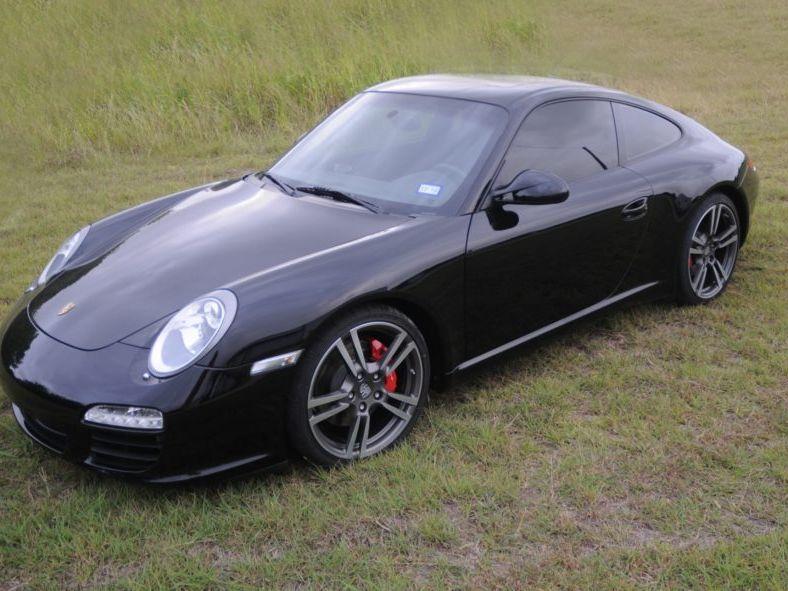 2012 Porsche 911 Carrera S 6-Speed