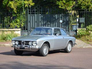 1971 Alfa Romeo 1750 GT Veloce