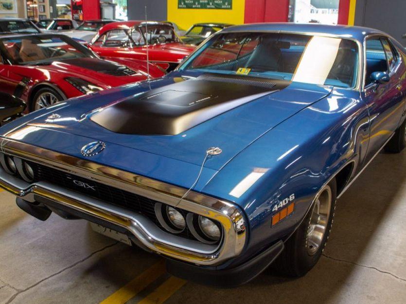 1971 Plymouth GTX 440+6 4-Speed