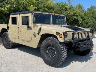 1999 Am General M1097A2