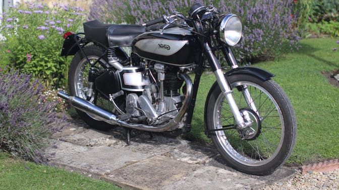1948 Norton International M30