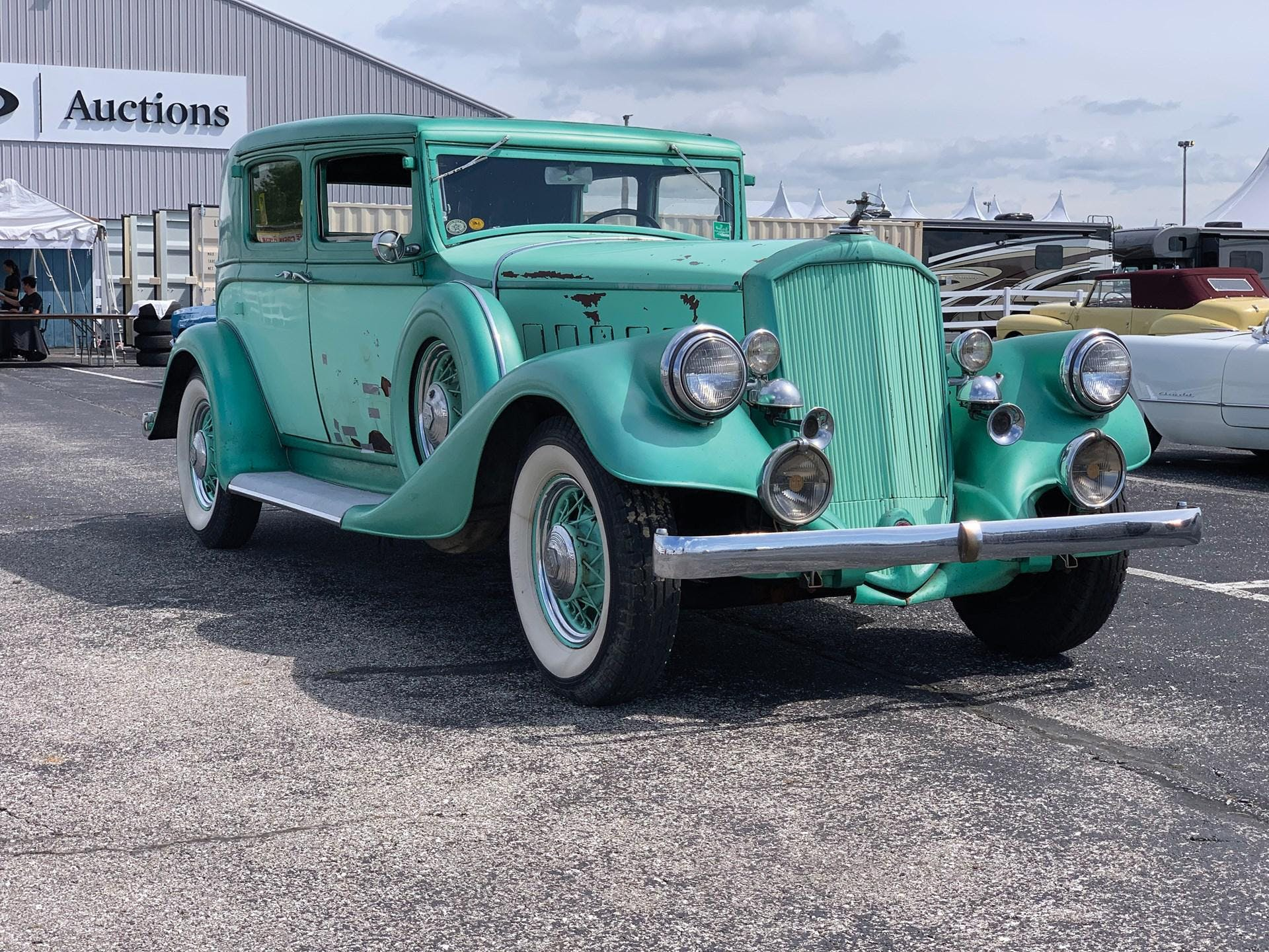 1933 Pierce-Arrow 8 Sedan