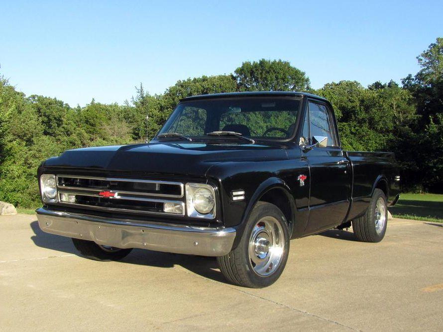 1968 Chevrolet C10 Custom Pickup
