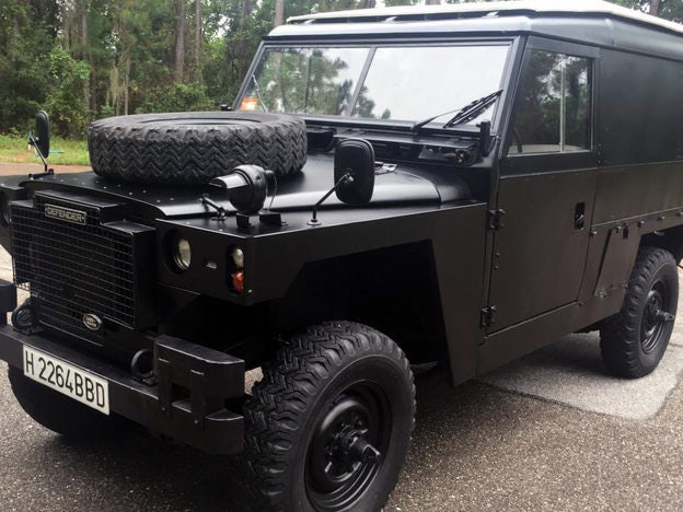 1982 Land Rover Defender 109
