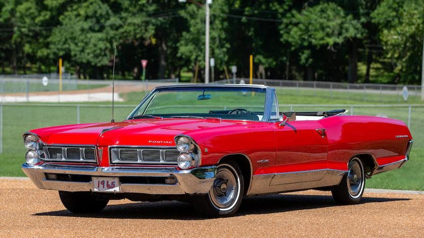 1965 Pontiac Parisienne Custom Sport Convertible VIN: 576667041460 -  CLASSIC.COM
