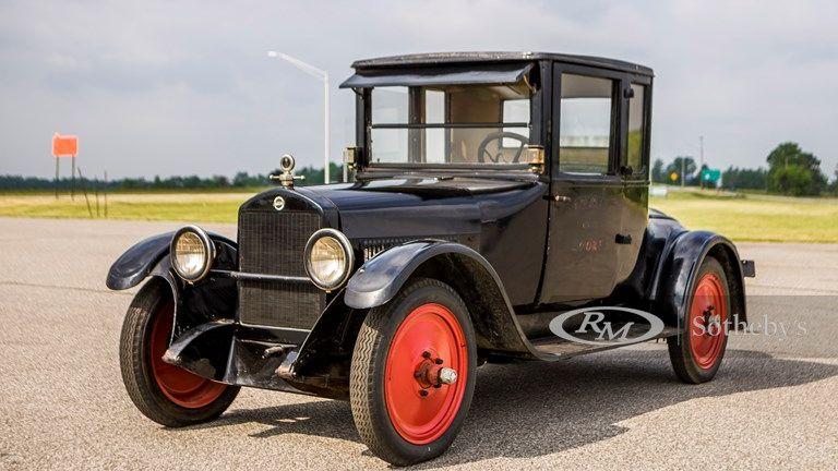 1920 Studebaker Light Six Coupe