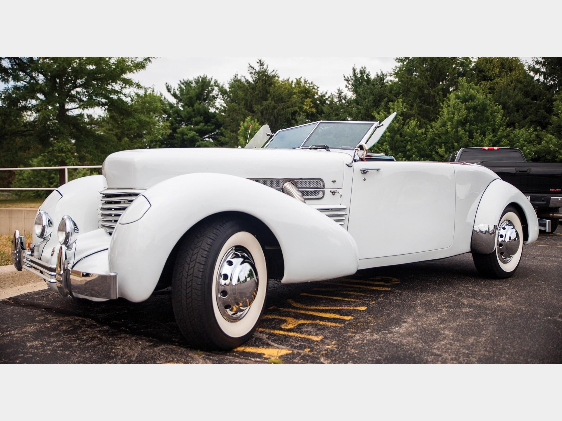 1936 Cord Phaeton Replica