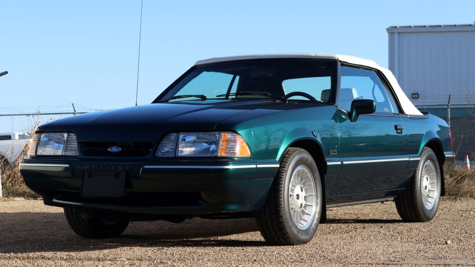 1990 Ford Mustang LX 7-Up Edition