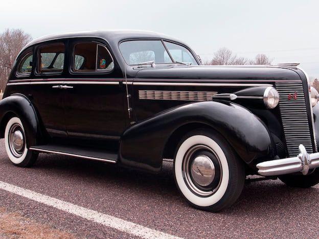 1937 Buick Special Series 40 Slantback