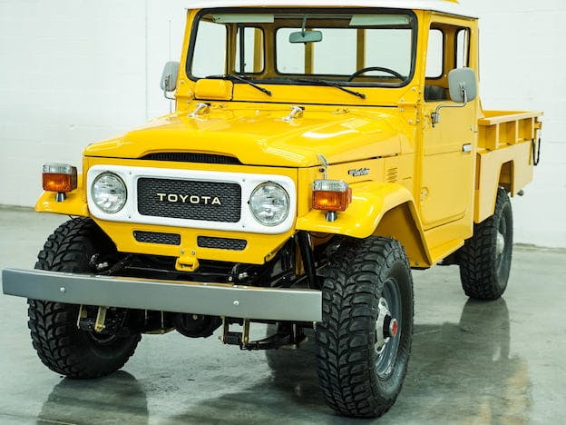 1986 Toyota FJ-45 Land Cruiser Pickup